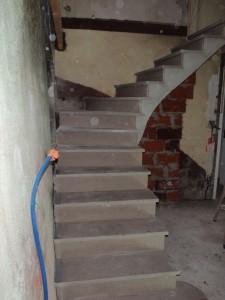 escalier sur voute sarrazine (Buxy gris)